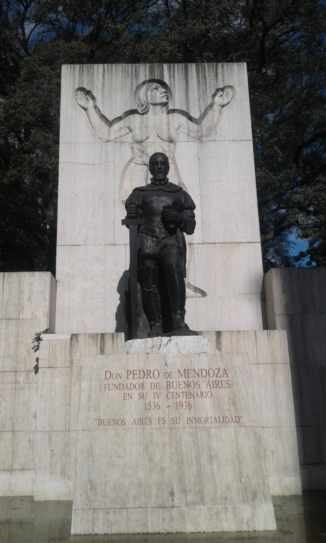 Statue de Pedro de Mendoza à Buenos Aires