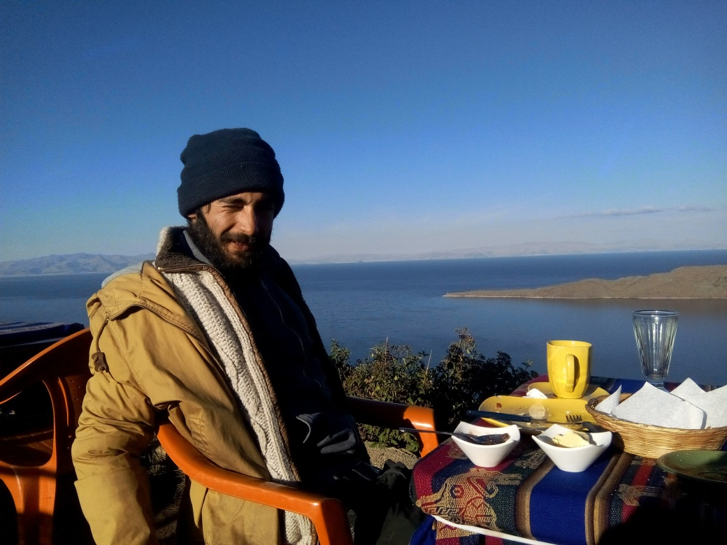 Petit déjeuner depuis le sommet de l'isla del sol